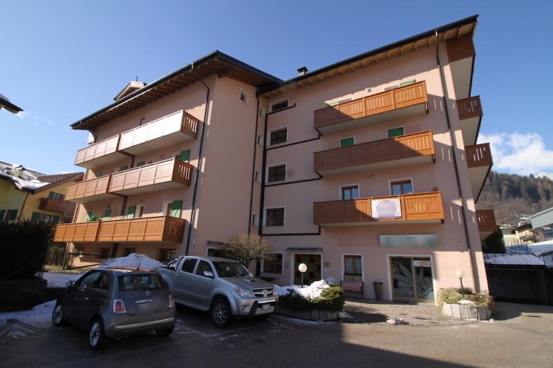 Ufficio / Studio in affitto a Tione di Trento, 9999 locali, zona Località: Tione di Trento - Centro, prezzo € 1.000 | CambioCasa.it