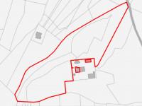 Porzione di fabbricato residenziale con terreni e accessori