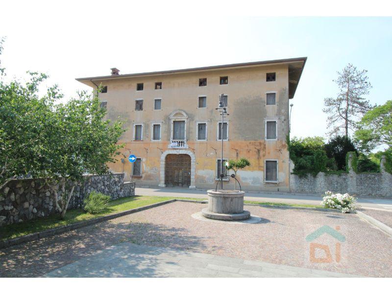 Altro in vendita a San Giovanni al Natisone, 7 locali, zona Zona: Medeuzza, Trattative riservate | CambioCasa.it