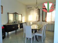 Borgoricco - Villa divisa in due unità su lotto di 30.000 mq