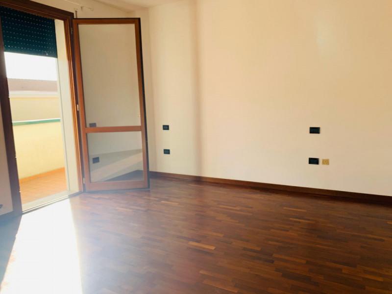 Appartamento in vendita a Vighizzolo d'Este, 3 locali, zona Località: Vighizzolo d'Este, prezzo € 68.000 | CambioCasa.it
