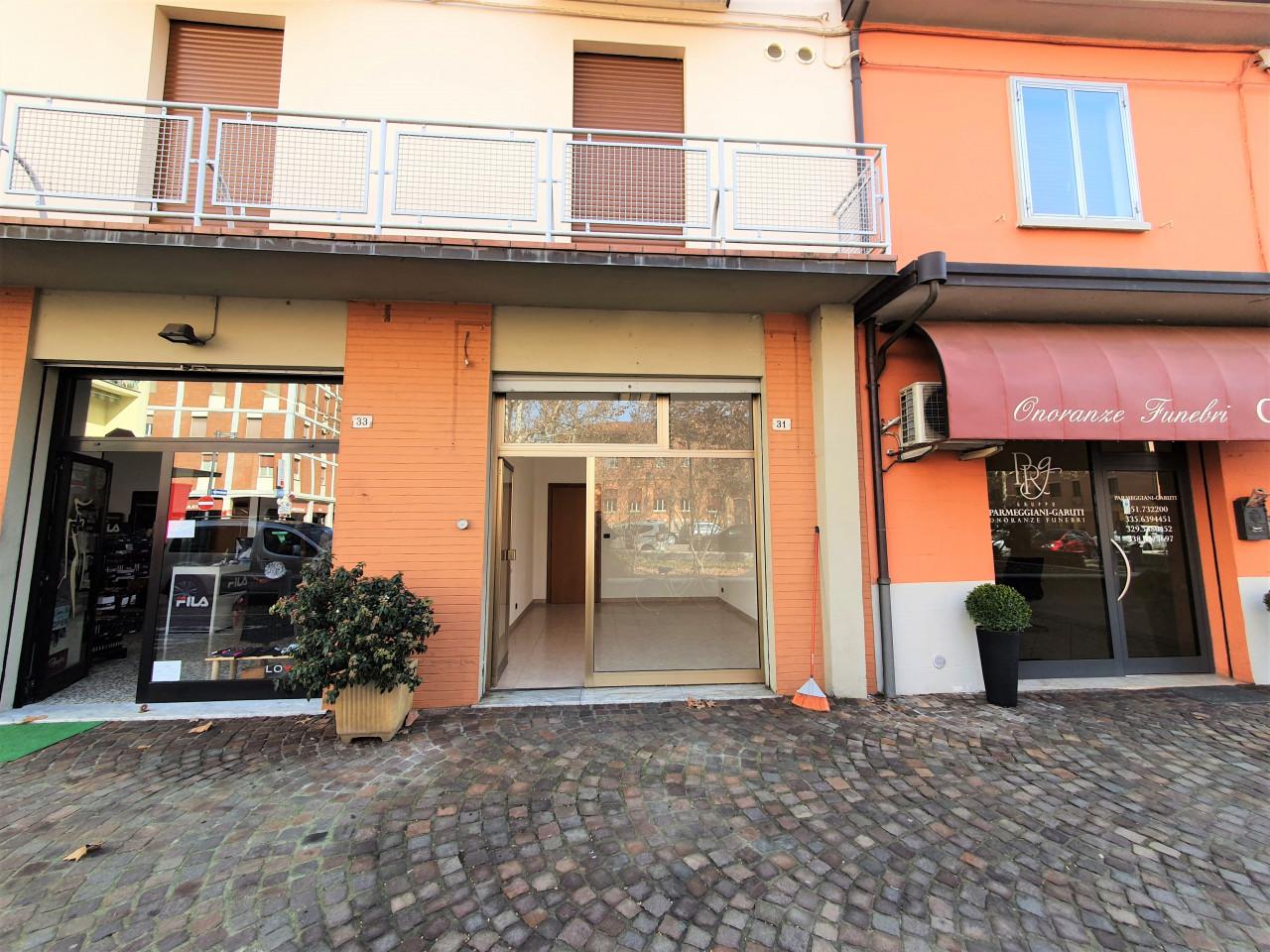 Anzola Emilia centro negozio di mq.20 sulla piazza