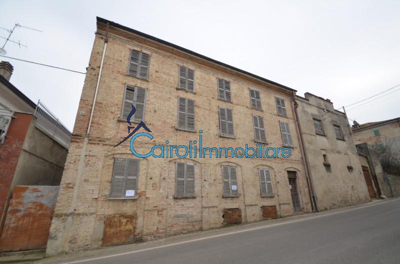 Villa in vendita a San Damiano al Colle, 5 locali, zona Località: San Damiano al Colle - Centro, prezzo € 40.000 | CambioCasa.it