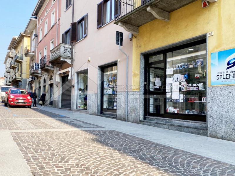 Shop for sale in Borgomanero, city centre