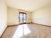 Appartamento in vendita a Borgosesia, con garage