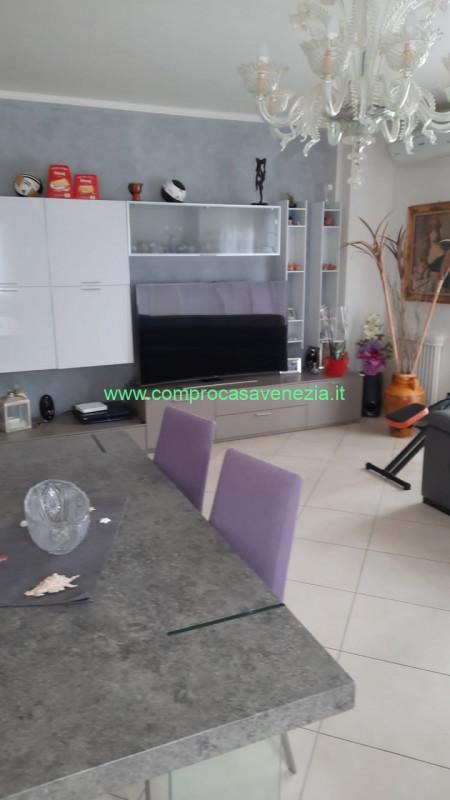 Appartamento in vendita a Casale sul Sile, 4 locali, zona Località: Casale Sul Sile - Centro, prezzo € 220.000   CambioCasa.it