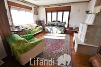 Nogarè, Pergine: Casa bifamiliare su 4 piani