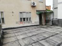 CAVARZERE: primo piano con terrazzone