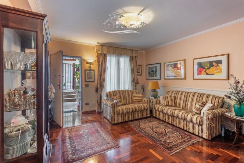 Altro in vendita a Noto, 5 locali, zona Località: Noto - Centro, prezzo € 370.000 | CambioCasa.it