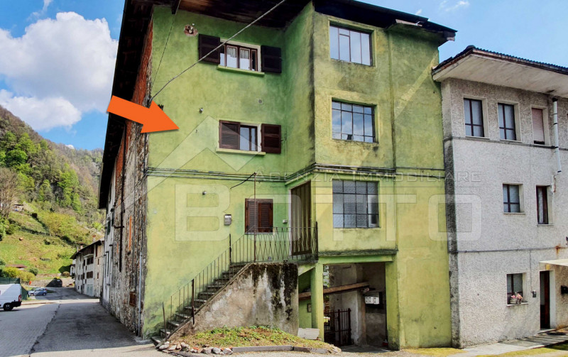 Flat for sale in Varallo, to renovate