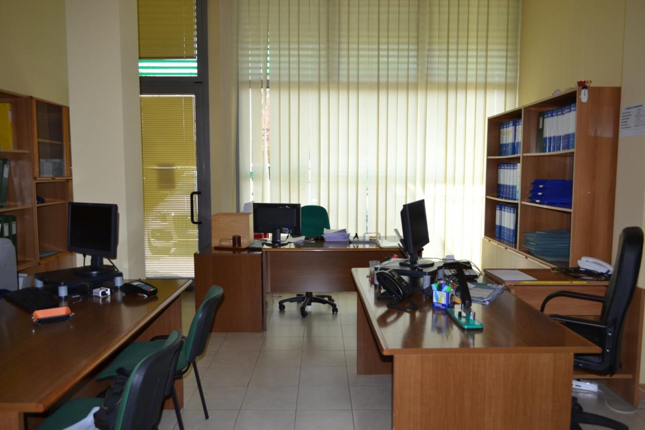 Rif. A402 - Negozio /Ufficio Abano Centro https://images.gestionaleimmobiliare.it/foto/annunci/210421/2555812/1280x1280/001__dsc_0004__grande.jpg
