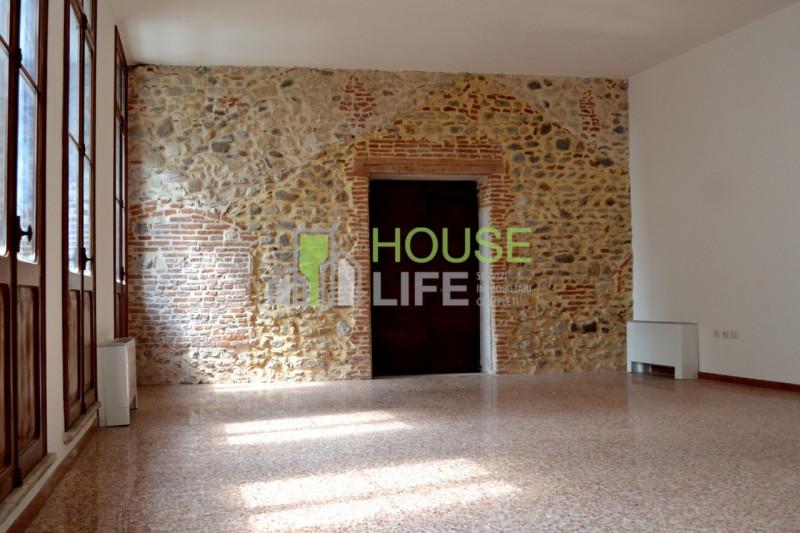 Ufficio / Studio in affitto a Schio, 1 locali, zona Località: Schio - Centro, prezzo € 550   CambioCasa.it