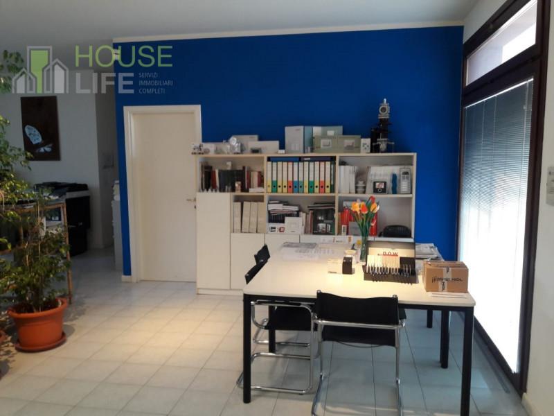Immobile Commerciale in vendita a Chiuppano, 9999 locali, zona Località: Chiuppano - Centro, prezzo € 110.000 | CambioCasa.it