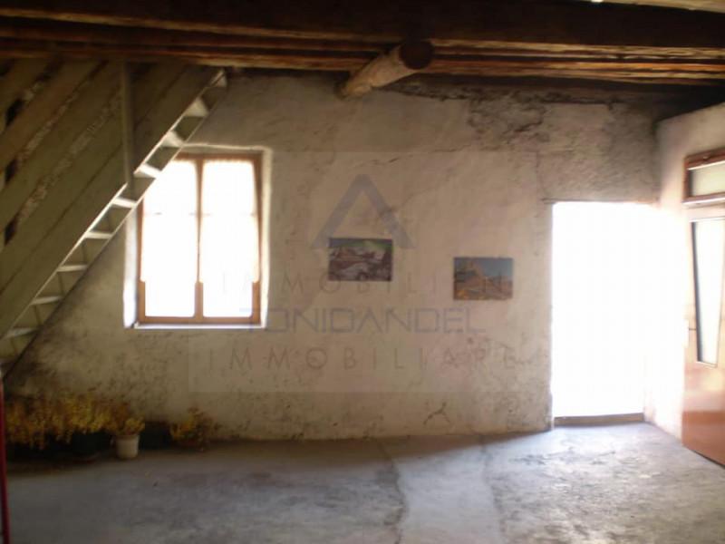 Appartamento in vendita a Fondo, 2 locali, zona Località: Fondo - Centro, prezzo € 70.000 | CambioCasa.it