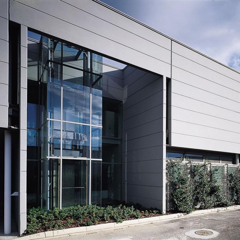 CAPANNONE CON SCOPERTO PRIVATO A CADONEGHE - https://images.gestionaleimmobiliare.it/foto/annunci/210519/2591551/800x800/000__tt.jpg