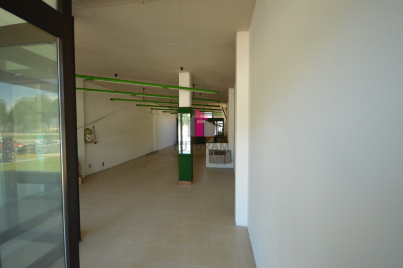 GRISIGNANO DI ZOCCO - AFFITASI NEGOZIO 99MQ - https://images.gestionaleimmobiliare.it/foto/annunci/210522/2615549/800x800/004__dsc_0254.jpg
