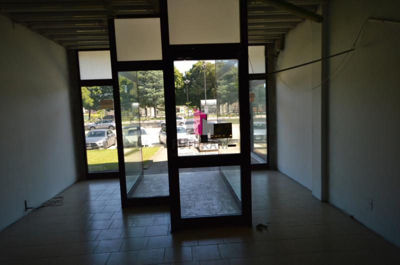 GRISIGNANO DI ZOCCO - AFFITASI NEGOZIO 99MQ - https://images.gestionaleimmobiliare.it/foto/annunci/210522/2615549/800x800/009__dsc_0252.jpg
