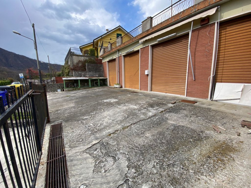 Capannone in vendita a Montoggio, 9999 locali, zona Località: Montoggio - Centro, prezzo € 270.000   PortaleAgenzieImmobiliari.it