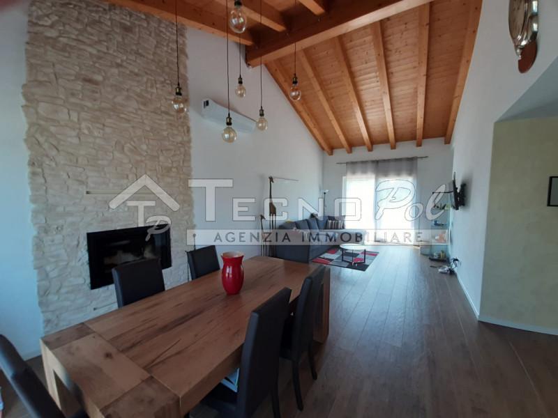 Villa Bifamiliare in vendita a Borgoricco, 4 locali, prezzo € 380.000 | CambioCasa.it