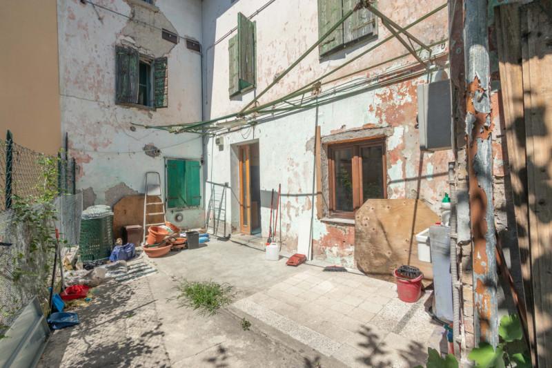 Rustico / Casale in vendita a San Canzian d'Isonzo, 3 locali, zona Località: San Canzian d'Isonzo - Centro, prezzo € 120.000 | CambioCasa.it