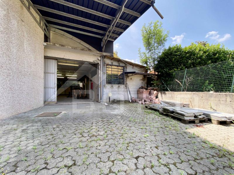 Magazzino in vendita a Gargallo, 9999 locali, prezzo € 150.000 | CambioCasa.it