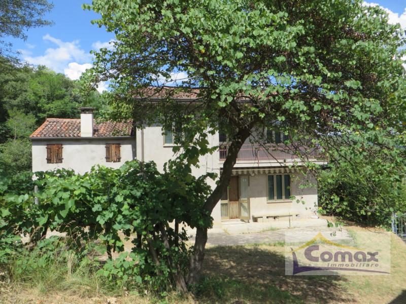 Rustico / Casale in vendita a Lozzo Atestino, 4 locali, prezzo € 280.000 | CambioCasa.it
