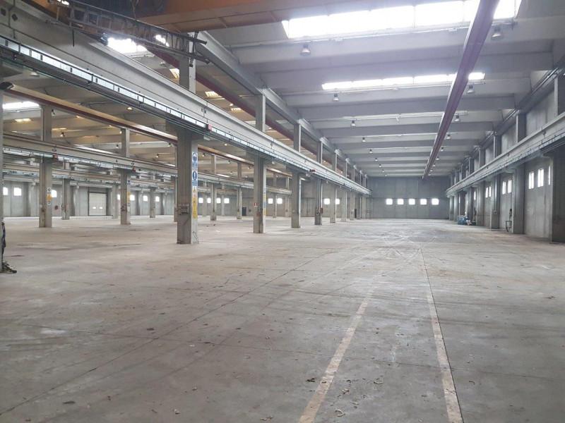 Magazzino in vendita a Carpiano, 4 locali, Trattative riservate   PortaleAgenzieImmobiliari.it